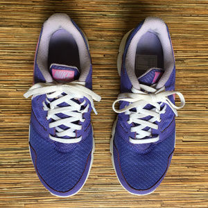 Nike Flex Experience RN3 Youth Size 6Y Purple 2014